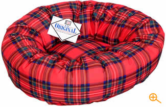 Danish Design Scottish Tartan Cat Bed - Soft thick and very warm, your cat is sure to love it!